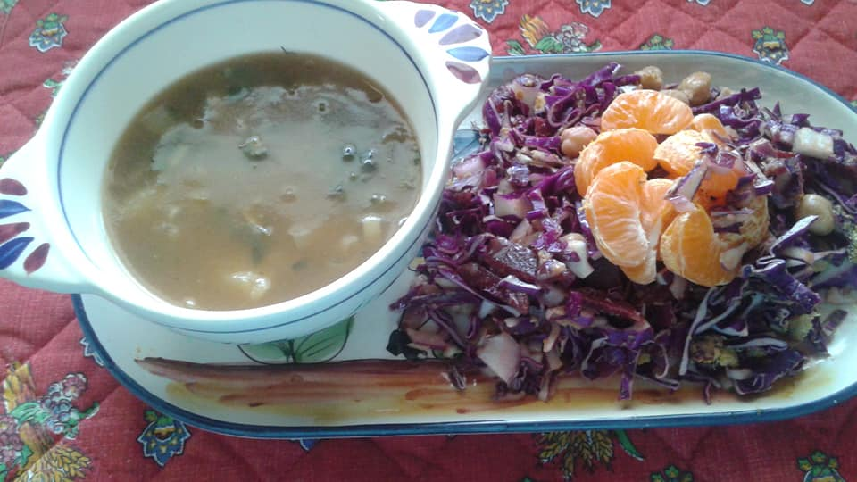 Red Cabbage Slaw with chickpeas, beets, red onions, nutritional yeast with an agave balsamic dressing topped with tangelos. Potato leek and bok choy soup.
