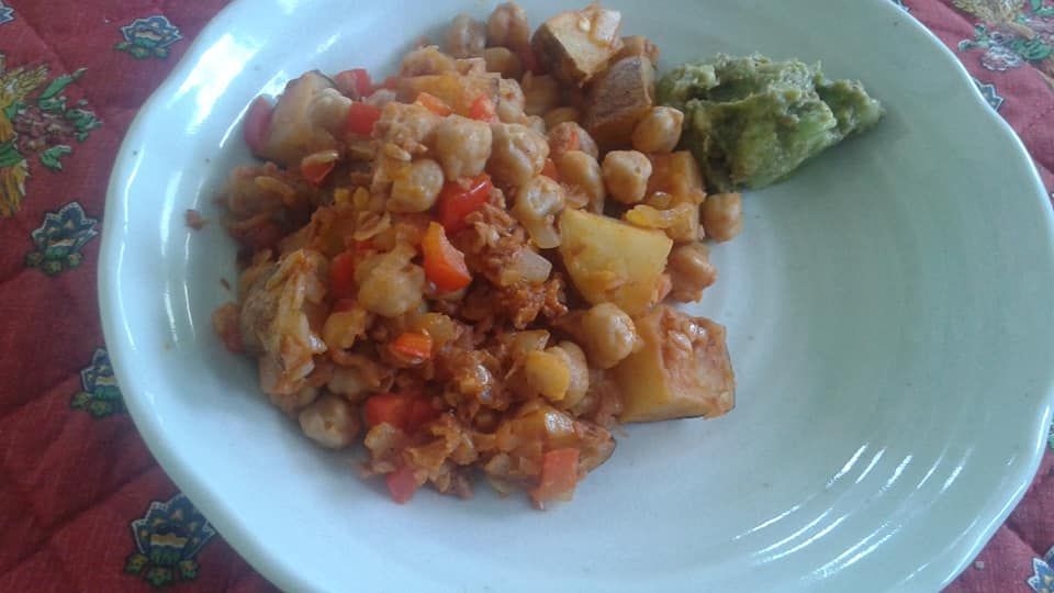Potato, chickpea, red pepper, soy chorizo and onion hash with guacamole