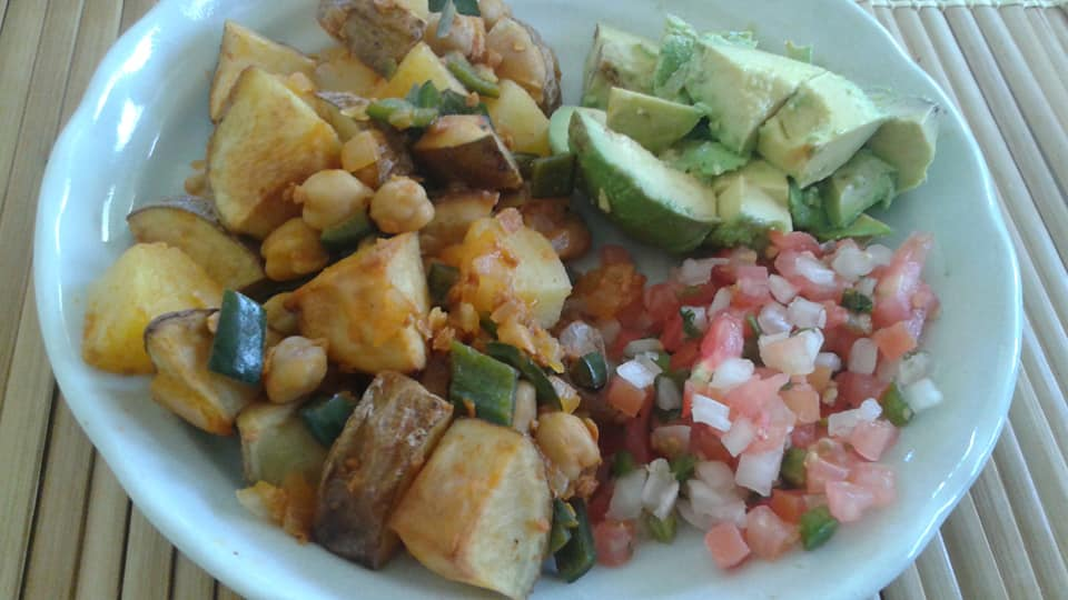 Potato, poblano pepper, chickpea, onion, soy chorizo, pineapple hash with avocado and pico de galo